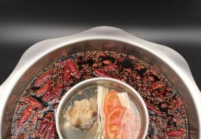 骨汤鸳鸯锅